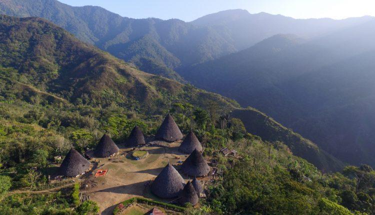 Wae-Rebo-Flores-desa-terindah-di-Indonesia-2-750×430